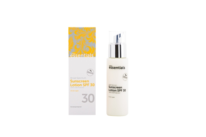 Broad Spectrum Sunscreen Lotion_ SPF 30_ 120 ml_ AED 135